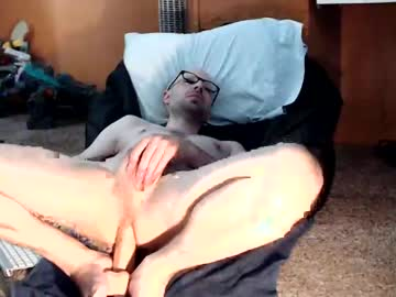 [02-06-21] tombomb13 public show video from Chaturbate