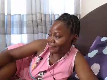 [18-09-21] sweet_pie_black video with toys from Chaturbate.com