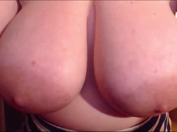 [17-06-21] littlegrillove video from Chaturbate.com
