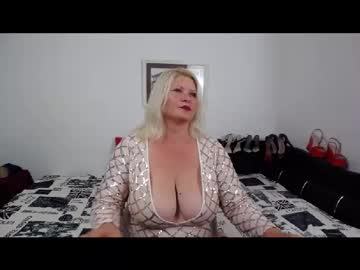[22-09-20] laurawings public webcam from Chaturbate