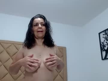 [05-12-20] aliciaxhott private show video from Chaturbate