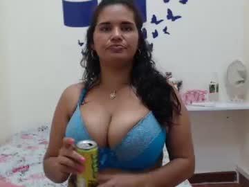 [16-01-20] _bustysarah public webcam from Chaturbate.com
