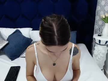 [17-06-21] victtoria_lee public show from Chaturbate
