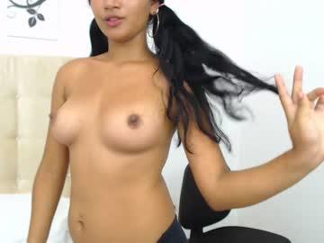 emiily_hot