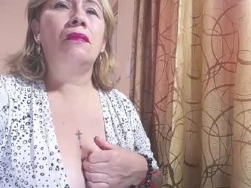 mature_big_boobs