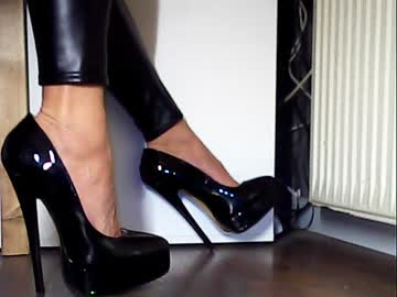 [14-04-20] highhhel44 cam video from Chaturbate