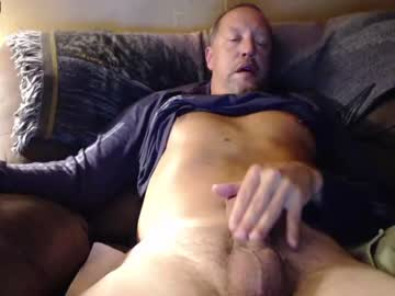 [25-02-21] largerthanavg2plz record cam video from Chaturbate