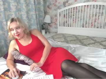 [01-09-21] perfectwomanhere chaturbate show with cum