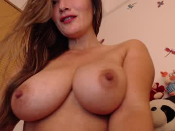 [23-04-21] liliiqueeen private webcam from Chaturbate.com