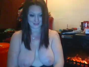[04-01-21] sexyasshippy record public show video from Chaturbate