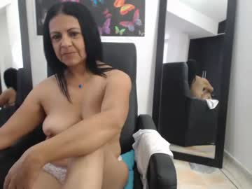 [21-01-20] katiehotx chaturbate show with toys