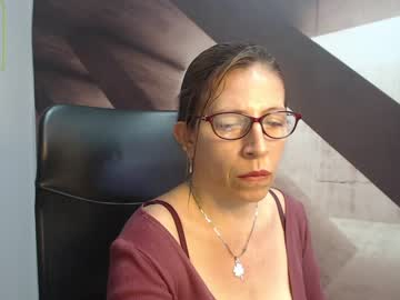 [20-04-21] mature_hott1 record show with toys from Chaturbate.com