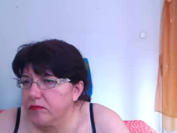 [10-05-20] hugetitsxxx public show video from Chaturbate