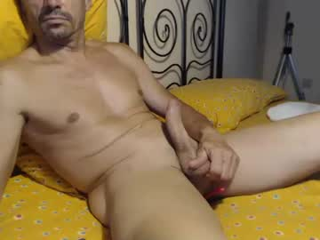 [05-07-21] paololy25 record public show video from Chaturbate