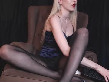 [16-07-20] goddess_in_black nude