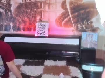 [15-02-21] yummy_gun public show video from Chaturbate.com