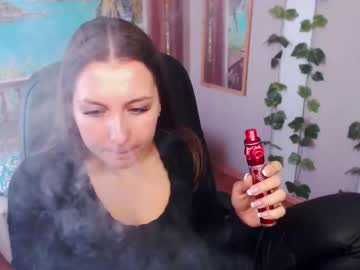 [13-05-20] regina_sweet record public show video from Chaturbate