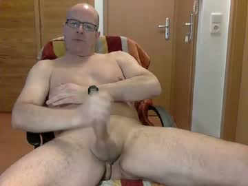 [24-01-20] stefan30m200 public show video from Chaturbate.com