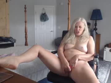 sexyblondewife
