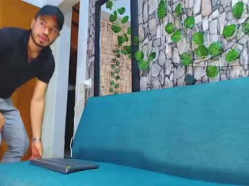[05-08-20] jhonny_bolt record blowjob video from Chaturbate