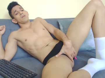 [05-01-21] single_boy5 webcam video from Chaturbate