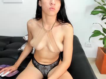 [17-10-21] soffy_wd show with toys