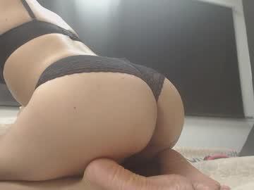 pretty_latina18