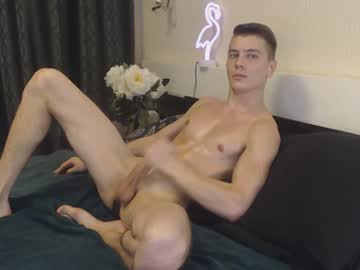 [09-10-21] athleticloganx record video from Chaturbate