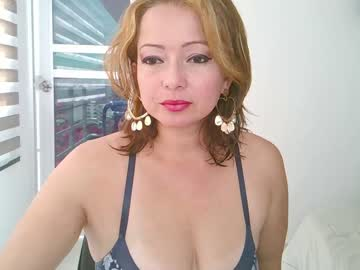 [30-11-20] sussy_crystal chaturbate toying record