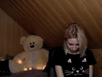 [18-06-20] _little_kittyy public show video from Chaturbate.com