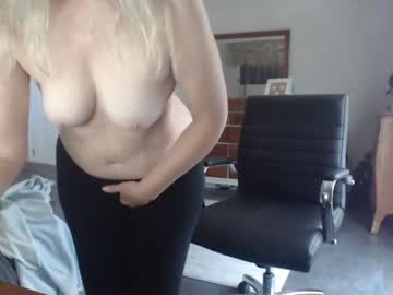 [12-04-21] sexyblondewife private sex show