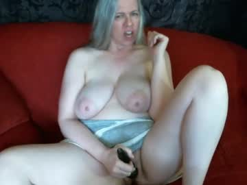 [01-03-21] abbinatural private show video from Chaturbate