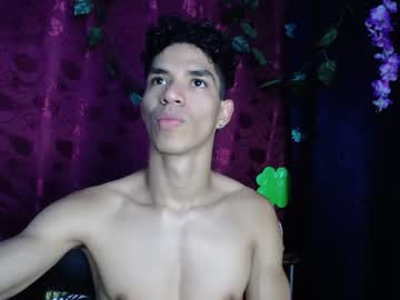 [10-07-21] waltergibson_ public show from Chaturbate