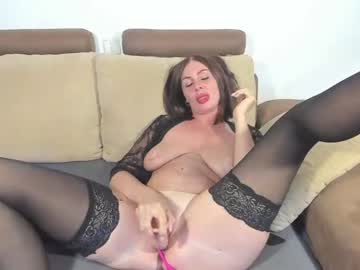 [01-10-21] your_woman record public show from Chaturbate