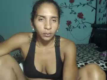[15-05-20] laurie_1 cam show from Chaturbate.com