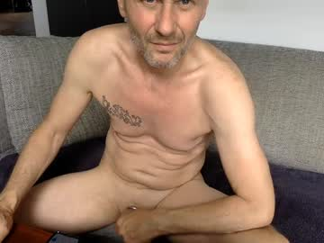 [22-08-20] billyshowoff record public show video from Chaturbate.com
